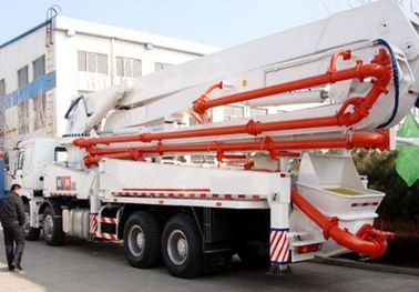 China 8*4 Drive Mode Used Concrete Pump Truck EuroⅢ Emission Standard For Construction supplier