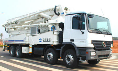 China BENZ-ZOOMLION Used Concrete Mixer , Used Pump Truck 8×4 Drive Mode supplier