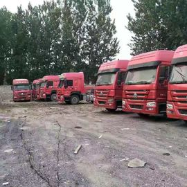 China Diesel Power Used Tractor Truck 375hp Tractor Head Truck For Transport distributor