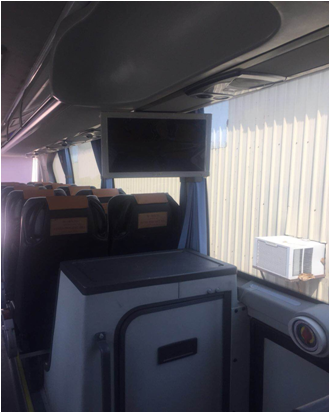 51 Seat Used Luxury Bus 10m3 Luggage Space Safe With 2 Emergency Exit