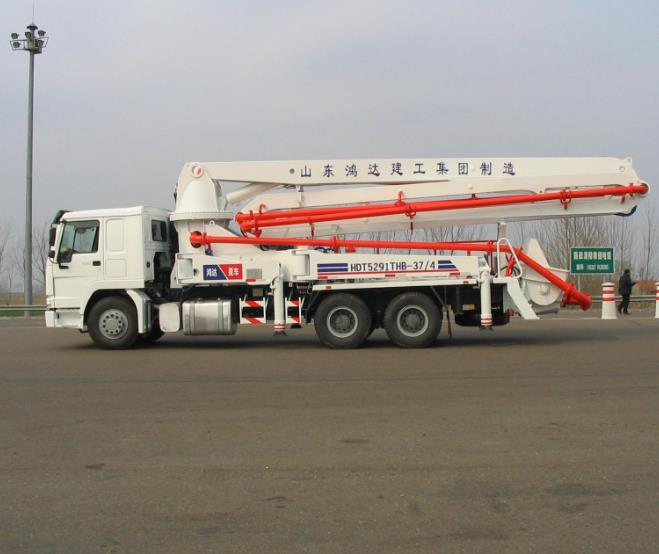 8*4 Drive Mode Used Concrete Pump Truck EuroⅢ Emission Standard For Construction