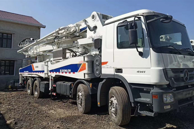 BENZ-ZOOMLION Used Concrete Mixer , Used Pump Truck 8×4 Drive Mode