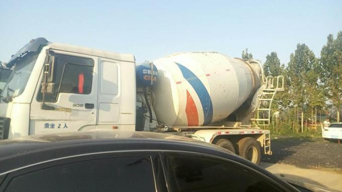ZOOMLION-HOWO Used Concrete Mixer Truck Euro III Emission 11005x2496x3900mm