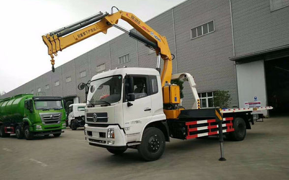 90 Km/H Max Speed Used Truck Mounted Crane With Multiple Loading Capacity