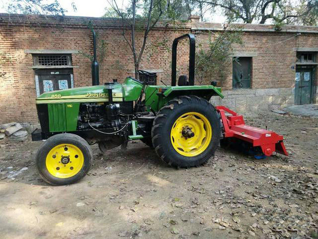 Agriculture Used Diesel Farm Tractors 4x2 Drive Mode Large Torque Reserve